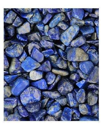 Lapis Lazuli trommelstenen in maat 1 (5-10 mm) zijn te koop bij mineralenparadijs Ruben Robijn.